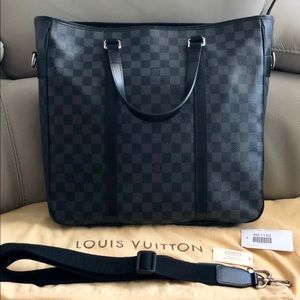 Louis Vuitton Tadao MM Damier Graphite N51192